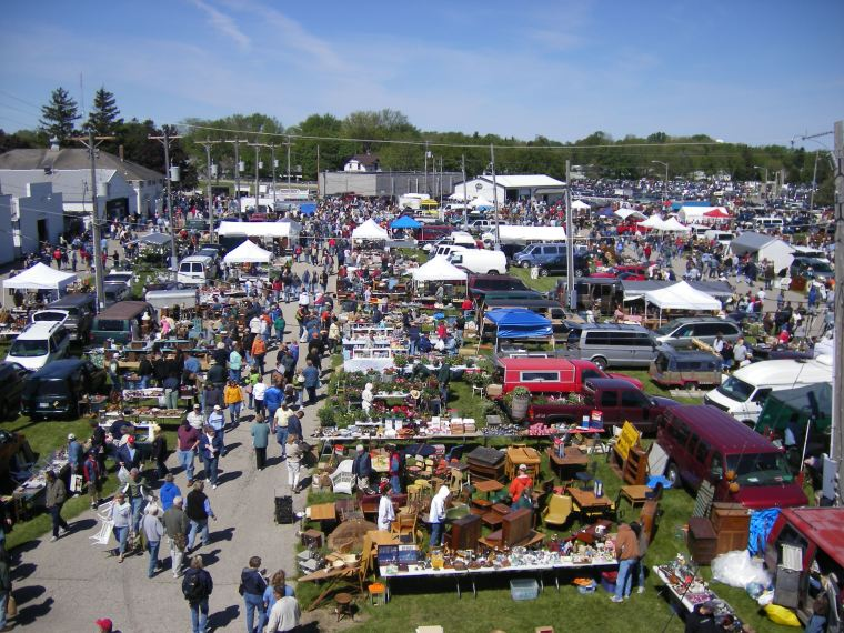 Antique Flea Market 1